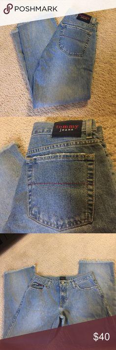 VINTAGE Tommy Hilfiger fringe capris size 7 Perfect condition. Super cute. Size 7 Tommy Hilfiger Jeans Ankle & Cropped