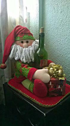 Easy Christmas Ornaments, Simple Christmas, Christmas Holidays, Christmas Wreaths, Christmas Crafts, Whimsical Christmas, Vintage Christmas, Santa Crafts, Xmas Decorations