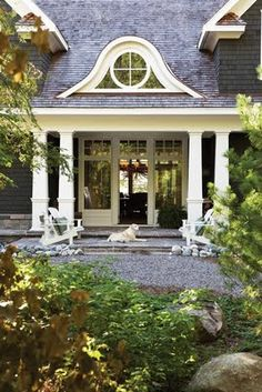 Porch, exterior color, gravel walkway