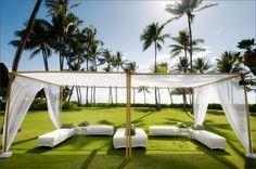 wedding photography - visionari - real wedding - hawaii - kapolei wedding - lanikuhonua - reception decor - lounge area - bamboo chuppah
