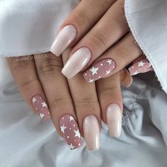 Year's Nail Designs That Are Perfect to Try Right Now Summer Acrylic Nails, Best Acrylic Nails, Pastel Nails, Spring Nails, Acrylic Nail Designs Glitter, Disney Acrylic Nails, Glitter Nail Polish, Acrylic Nail Art, New Year's Nails