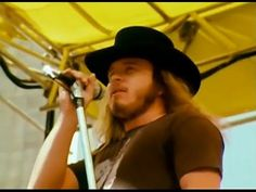 Lynyrd Skynyrd - Freebird - 7/2/1977 - Oakland Coliseum Stadium (Official)  I never tire of hearing and seeing them...