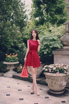 daily 2016 feminine classy look Fashion Models, Girl Fashion, Fashion Dresses, Fashion Tips, Korea Fashion, How To Look Classy, Korean Outfits, Asian Style, Asian Beauty