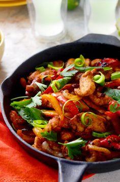 Thai Chicken Fajitas. A delicious marinade and Thai basil gives a new twist to the TexMex favorite. | hostthetoast.com