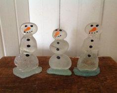 Beach glass snowmen Beach stone snowman Christmas decor Christmas ornaments Christmas snowmen Beach stone art Snowmen Holiday decor