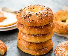 Keto Bagel Bagels are always a satisfying choice. Not your average bagel, this recipe will definitely help you with a healthy and tasty start to your day. Low Carb Keto, Low Carb Recipes, Diet Recipes, Ketogenic Recipes, Skinny Recipes, Easy Recipes, Bagel Toppings, Comida Keto, Coconut Flour
