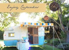 A mobile cupcake shop! Love this!