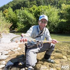 Every day should be saturday! Fly fishing makes you happy! Fishing Basics, Fishing Tips, Trout Fishing, Fly Fishing, Fishing World, Rainbow Trout, Fly Rods, Austria, Happy Easter