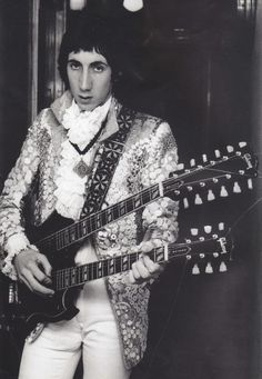 Pete Townshend  with double neck guitar!