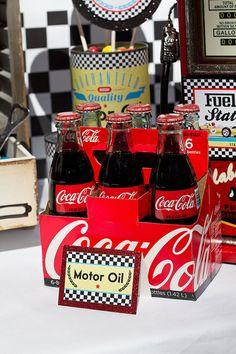 COKE simpere me hace acuerdo a ti... chevere idea pero si consigues las mini bottles