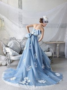 Strapless Embroidered Blue Wedding Dress - I love the white touches on the blue - a great way to add white, and the lace look shows up so much better than white on white! Blue Wedding Gowns, Colored Wedding Dresses, Bridal Gowns, Dress Wedding, Pretty Dresses, Blue Dresses, Prom Dresses, Rosa Pink, Mode Chic