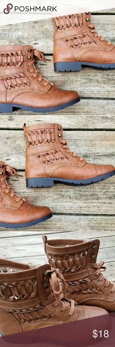 Women's Lace Up Anke Boots NWOT. Brash Shoes Ankle Boots & Booties