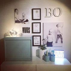 Sweet dreams! Tästä kuvasta löytyy pieni älynväläys. Laitoin lasipallon sisälle kaapin perukoille unohtuneen Boontjen Garlandin ja kieputin ympärille valosarjan: tadaa kaunis valaisin on valmis!  #tordboontje #tordboontjegarland #valaisin #valo #lighting #asetelma #shelfie #littlelightbox #decor #decoration #home #homedecor #instahome #homesweethome #koti #sisustus #sisustusinspiraatio #inredning