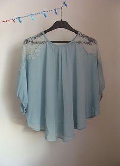 Kup mój przedmiot na #vintedpl http://www.vinted.pl/damska-odziez/bluzki-z-3-slash-4-rekawami/13439067-atmosphere-mgielka-koronka-pastelowy-blekit
