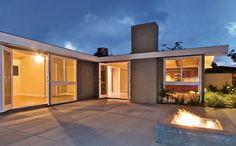 Cliff May Rancho Courtyard