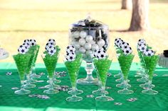 Ideas para cumple. Recopilación de Mundo Mab. * Busca más ideas en nuestro Blog http://mundomab.com/index/nuestro-blog/?utm_source=Pinterest&utm_medium=tableros&utm_content=Futbol&utm_campaign=ideasbymm #Ideas #Cumpleaños #MundoMab #Futbol