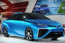 Toyota Give Away Fuel Cell Vehicle!