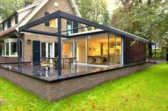 Warren House, Diy Terrasse, Container Architecture, House Extensions, Modern Contemporary, Beautiful Homes, Gazebo, Diy Home Decor, Home Renovation