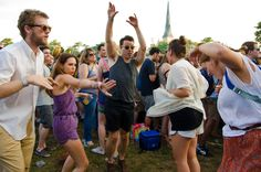 How+To+Survive+And+Thrive+At+A+Music+Festival