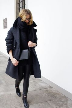 Chic black classy frames with a cute fall layered outfit