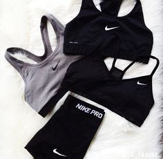 Mens/Womens Nike Shoes 2016 On Sale!Nike Air Max, Nike Shox, Nike Free Run Shoes, etc. of newest Nike Shoes for discount sale Nike Outfits, Sport Outfits, Casual Outfits, Casual Shoes, Hiking Outfits, Workout Attire, Workout Wear, Workout Outfits, Nike Workout Clothes