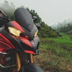 Ducati Motorcycles, Cars And Motorcycles, Ducati 1200s, Ducati Multistrada 1200, Moto Bike, Motocross, Riding Helmets, Garage, Random