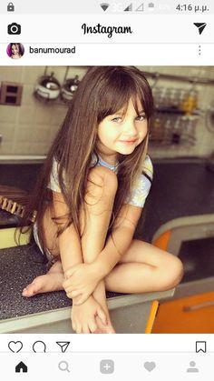 Cute Little Baby Girl, Little Girl Models, Cute Young Girl, Beautiful Little Girls, Child Models, Beautiful Children, Fashion Kids, Young Girl Fashion, Preteen Girls Fashion