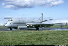 XV236 at RAF Kinloss on the wash pan. The aircraft get washed every so often, but certainly before a servicing.