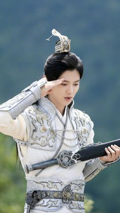Luhan 鹿晗 Fighter of the Destiny promo 【on YouTube April 17th】
