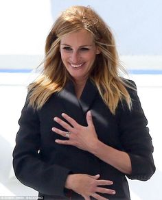Pretty woman:Julia Roberts, 49, looked ravishing in a photo shoot in Malibu on Tuesday