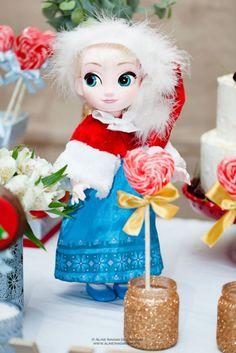 Frozen: festa infantil com os personagens do filme em clima de Natal