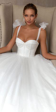Princess Wedding Dresses, Best Wedding Dresses, Bridal Dresses, Wedding Gowns, Fashion Wedding Dress, Corset Wedding Dresses, Bridal Corset, Bridal Fashion, Ball Dresses