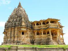 નવલખા મંદિર -ઘૂમલી, ગુજરાત