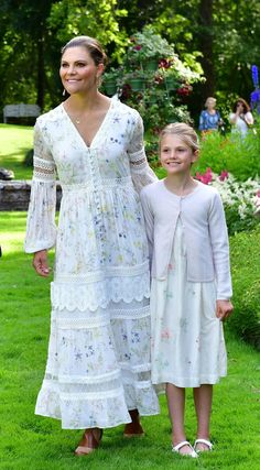 Beauty And Fashion, Fashion Looks, Royal Fashion, Crown Princess Victoria, Princess Victoria Of Sweden, Victoria Prince, Olaf, Royal Clothing, Lace Clothing