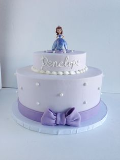 Princess Sophia cake* Kaylees cake was very similar. Cute cute. …