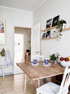 Rustic kitchen table via Stadshem.