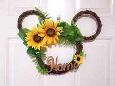This Disney Sunflower Wreath is the perfect addition to any Disney home or entryway. The bright and cheerful color palette, fabulous sunflowers, and of Disney Diy, Casa Disney, Disney Home, Disney Crafts, Christmas Mesh Wreaths, Deco Mesh Wreaths, Holiday Wreaths, Ribbon Wreaths, Door Wreaths