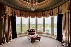 Love the curtains and windows.