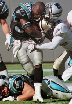 Tyronne James Drakeford born June 1971 in Camden, South Carolina is a former CB who played for the New Orleans Saints from Carolina Panthers Football, Nfl Football, College Football, Football Players, Football Helmets, Panther Football, Football Stuff, Panthers Vs Saints, Home Team