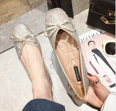 Shoe Boots, Shoe Bag, Trendy Fashion, Womens Fashion, Stitch Fix Outfits, Chanel Ballet Flats, Spring Summer Fashion, Me Too Shoes, Style Me