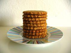 Môj sladký život v Koláčikove: Mandľovo-medové celozrnné sušienky Waffles, Breakfast, Cake, Desserts, Food, Morning Coffee, Tailgate Desserts, Deserts, Kuchen