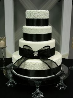 Elegant black and ivory wedding cake | Flickr - Photo Sharing!
