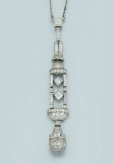An Art Deco diamond