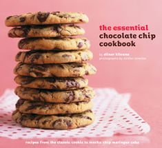 The Essential Chocolate Chip Cookbook: Recipes from the Classic Cookie to Mocha Chip Meringue Cake Elinor Klivans 0811858049 9780811858045 One of the greatest pleasures of life is biting into a warm chocolate chip cookie straight Chocolate Chip Bread Pudding, Best Chocolate Chip Cookie, Chocolate Chip Recipes, Chocolate Chips, Homemade Chocolate, Cookbook Recipes, Cookie Recipes, Dessert Recipes, Desserts