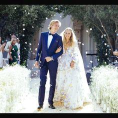 Este año una de las bodas más espectaculares ha sido la de Poppy Delevingne.