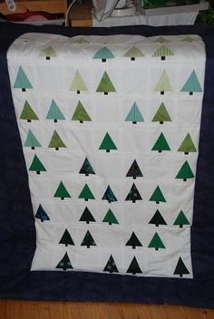 I really want to make this for Christmas! Such a beautiful, modern interpretation of a classic quilt!