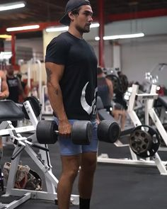 Push Workout, Gym Workout Videos, Dumbbell Workout, Gym Workouts, Workout Challenge, Muscle Fitness, Fitness Tips, Sport, Academia Fitness