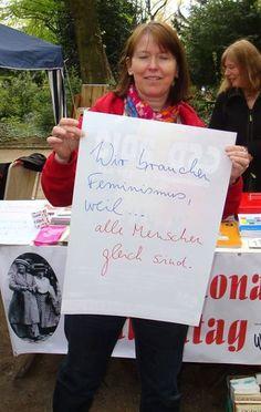 """""""Wir brauchen Feminismus, weil alle Menschen gleich sind.""""(Foto von Wir Frauen e.V. eingereicht)"""