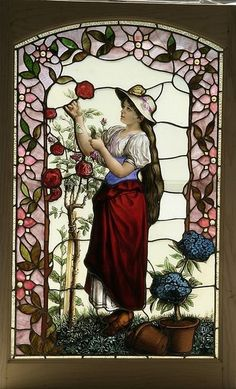 Lovely gardener. / Jolie jardinière. / American Stained Glass Window. / Vitrail américain.