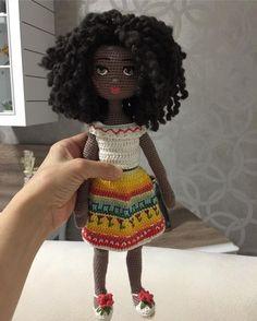Doll eyes hats 45 New Ideas Crochet Art, Crochet Doll Pattern, Free Crochet, Crochet Patterns, Knitted Dolls, Crochet Dolls, Amigurumi Doll, Amigurumi Patterns, Doll Clothes Patterns